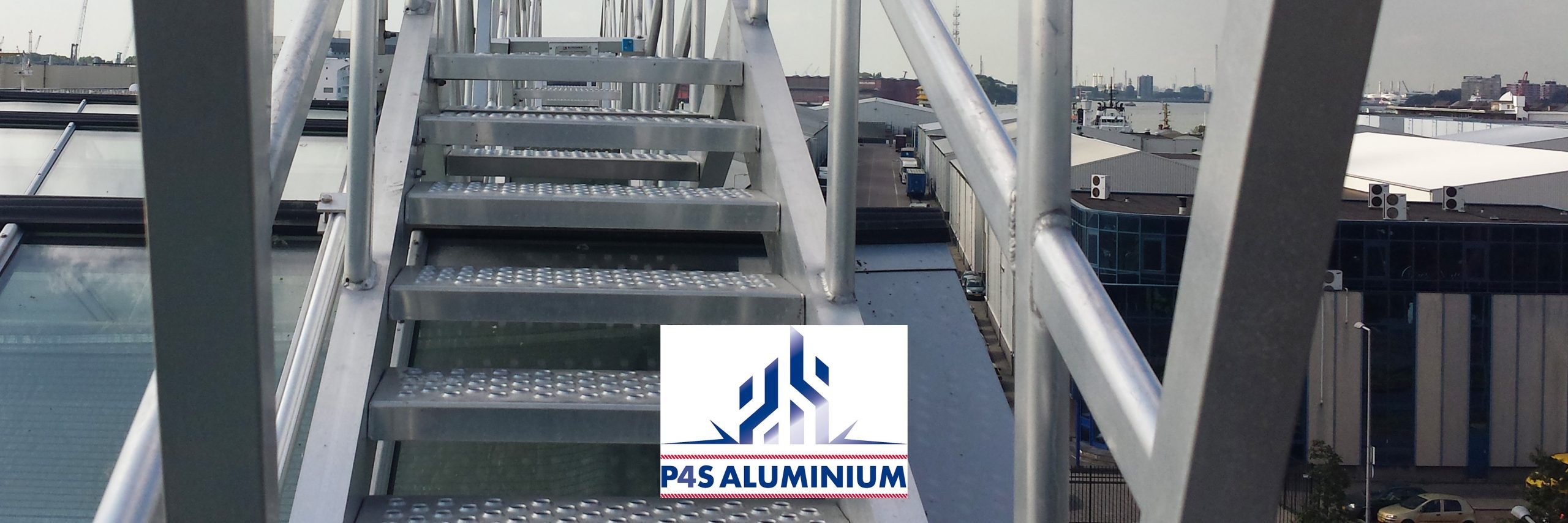 P4S Aluminium Glass Washing installation roof